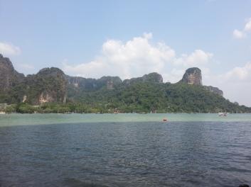 Rock climbing bay